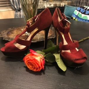 Michael Kors GUC Burgundy & Gold Ankle Strap Heels